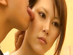 Asian teenie sucking with passion