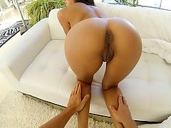 Tan hotty gets fucked